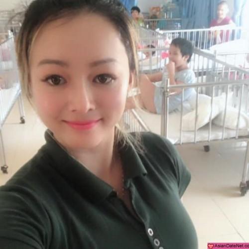 Emily, China